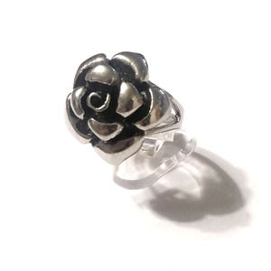 New stainless steel flower ring size 9